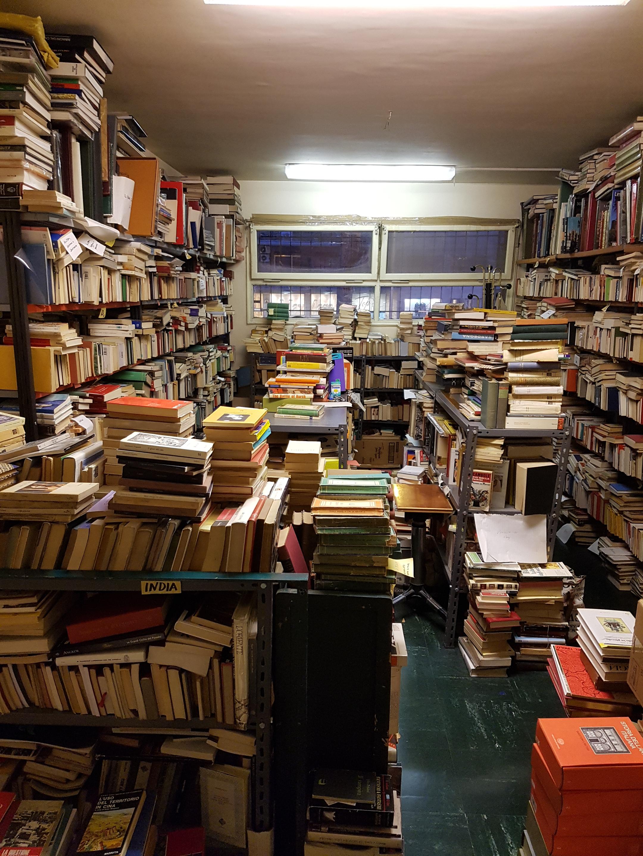 Piccola guida alle librerie antiquarie e dell usato di for Librerie usato milano